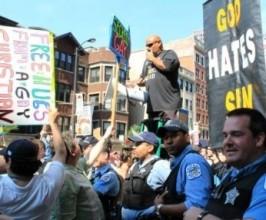 1x1.trans Pregadores cristãos agredidos nas ruas em passeata gay nos EUA